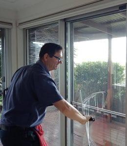 local window cleaners ipswich qld south brisbane