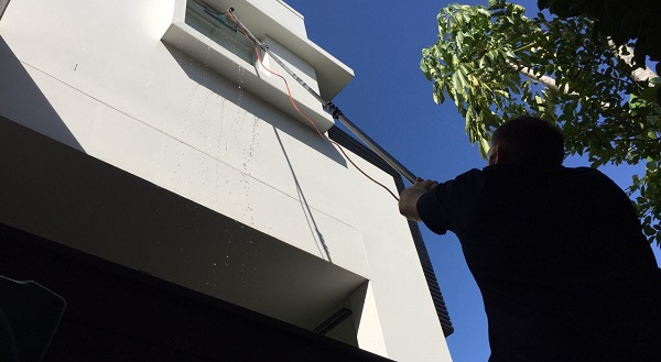 window cleaner indooroopilly south brisbane